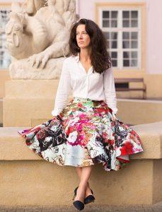 RIVICA_kolekcia-SS2017_elegantna-vzorovana-sukna
